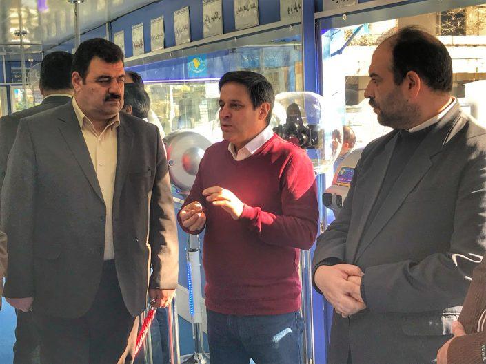 بازدید دکتر تحفه گر معاون هنری و سینمایی استان از نگارخانه شهرفرنگ